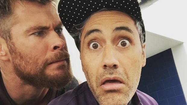 Taika Waititi - Chris Hemsworth